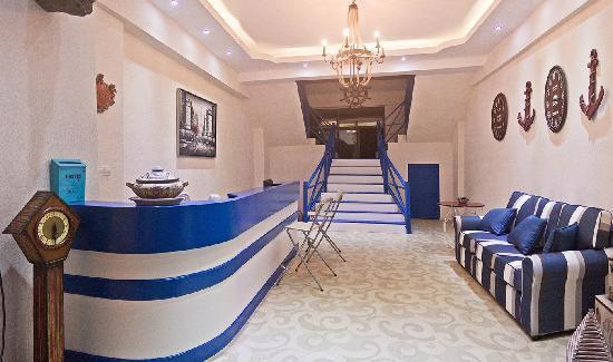 Yinxianghai Kongzhong Huayuan Hotel: 前台