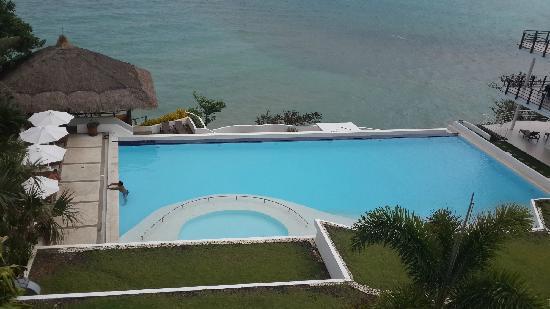 Cohiba Villas : 阳台往下拍