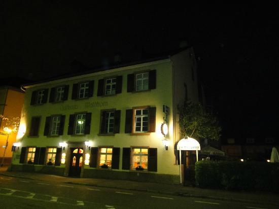 Grenzach-Wyhlen, Németország: 德国海关的功夫楼