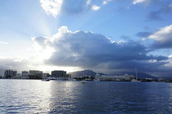 Pullman Reef Hotel Casino: 远眺礁石赌场穹顶