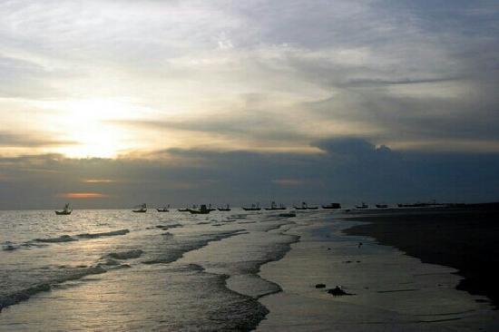 Beihai Weizhou Island : 沙滩