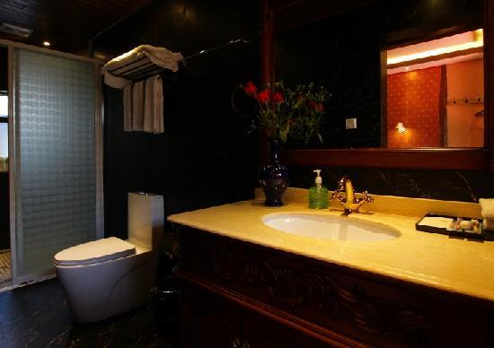 Shengting Boutique Inn : 大床房浴室