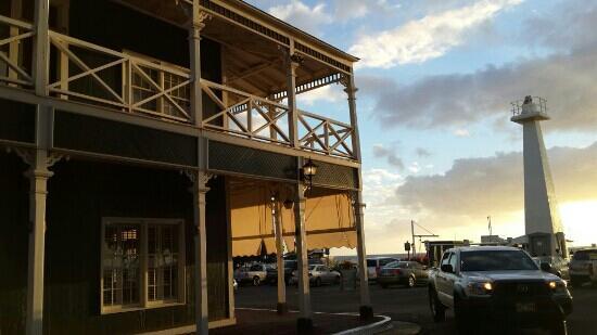 Best Western Pioneer Inn: 酒店外景