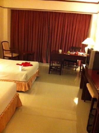 Mercure Chiang Mai : 高级房 空间比标准房大些