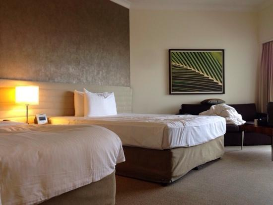 Shangri-La Hotel, The Marina, Cairns: 床