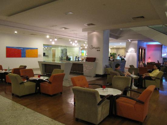 Holiday Inn Melaka: 大堂