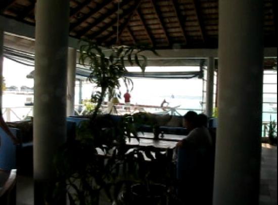 Centara Grand Island Resort & Spa Maldives : 由于时间被打乱,父母眼看着同胞们出去玩,不能参加此活动,什么心情