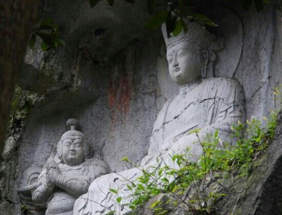 Fei Lai Feng: 佛像
