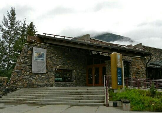 Whyte Museum of the Canadian Rockies: 外观