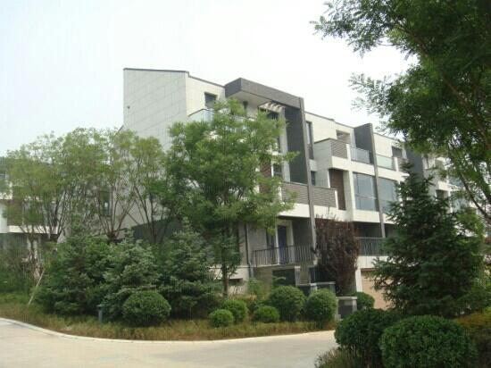 ShangShan JianSanChuan YiShuGuan