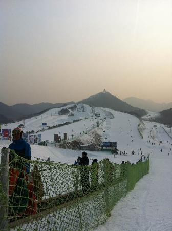 Southshan Skiing Park : 南山滑雪场