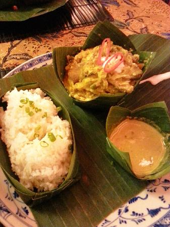 Amok Restaurant: 柬埔寨当地特色菜肴Amok