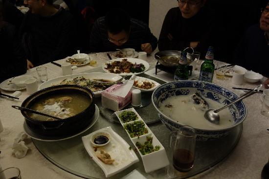 Lijing Hotel: 餐饮