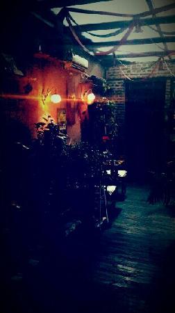 QianXun Café