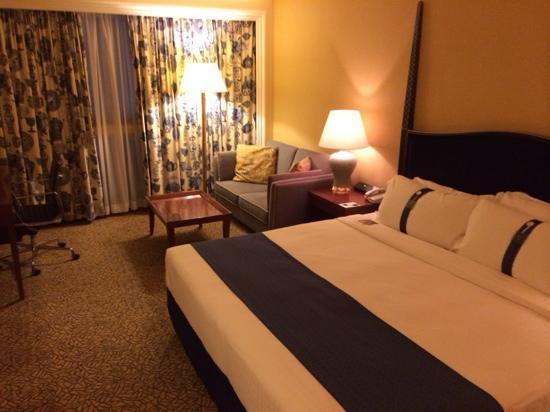 Holiday Inn Golden Mile Hong Kong : 房间照片