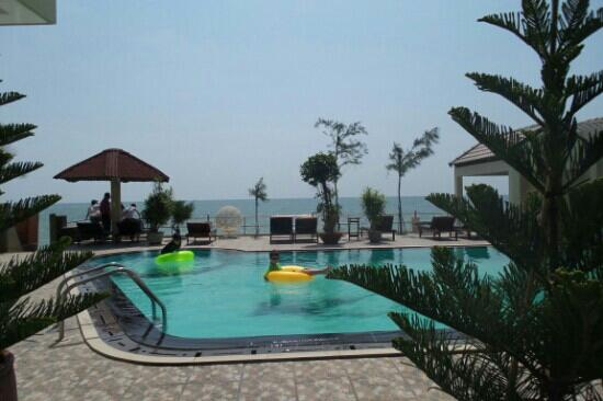 Hai Yen Family Resort: 近海