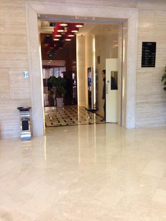 Dahan Tianyi Hotel