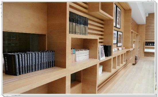 Xixuan Spa Hotel Hangzhou: 图书馆
