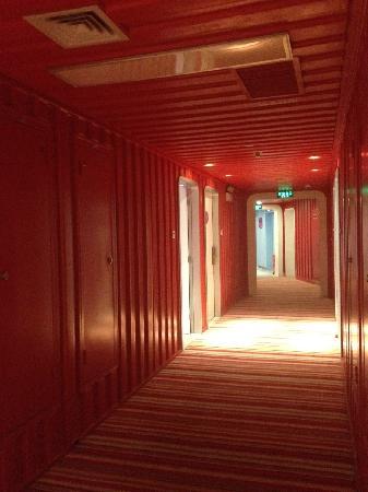 Cargo Hotel Shenzhen : 走廊