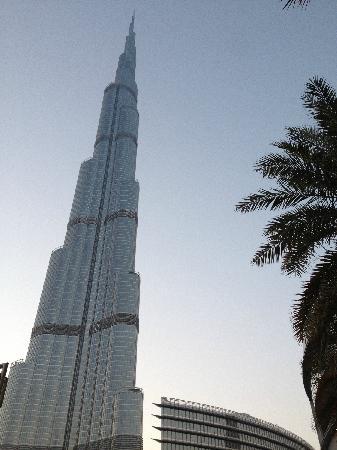 Burj Khalifa : 抬头仰望哈利法塔
