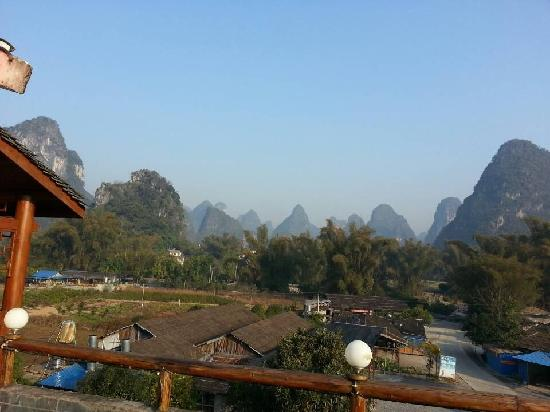 Yangshuo Phoenix Pagoda Fonglou Retreat: 三楼观景台