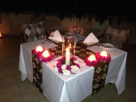 Amanjiwo Resorts: 浪漫晚餐