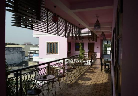 Chang Puak Hotel: 走廊