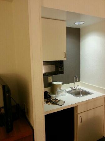 Orlando Courtyard Suites: 吧台