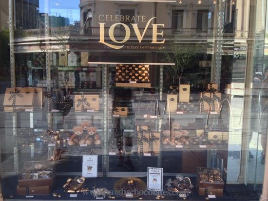 Haigh's Chocolates Beehive Corner: 巧克力