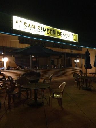 San Simeon Beach Bar & Grill