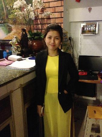 Hoang Trinh Hotel: NICE GIRL~