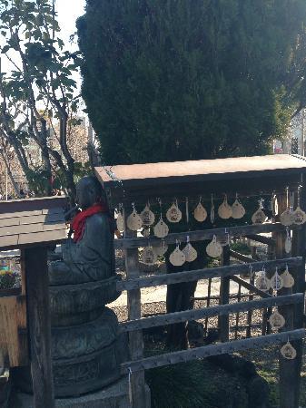 Senso-ji Temple: 浅草寺