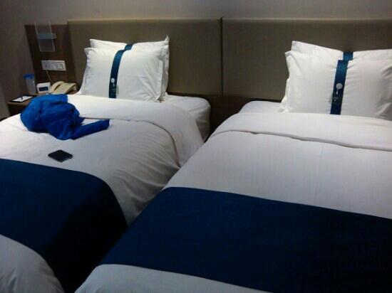 Holiday Inn Express CHENGDU WEST GATE: 成都西门智选假日酒店双人间客房