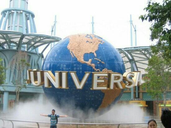 Universal CityWalk Hollywood: universal