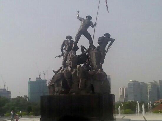 National Monument : 雕像