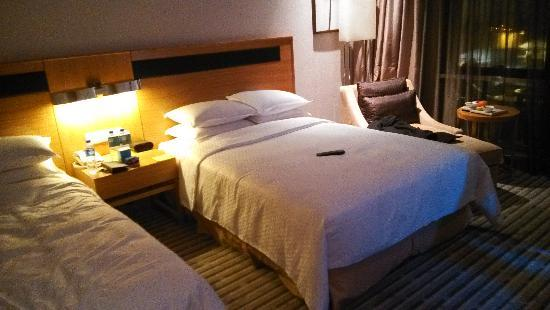 Four Points by Sheraton Taicang : 行政标准间
