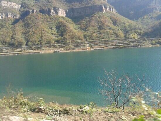 Linzhou Grand Canyon: 林州美景