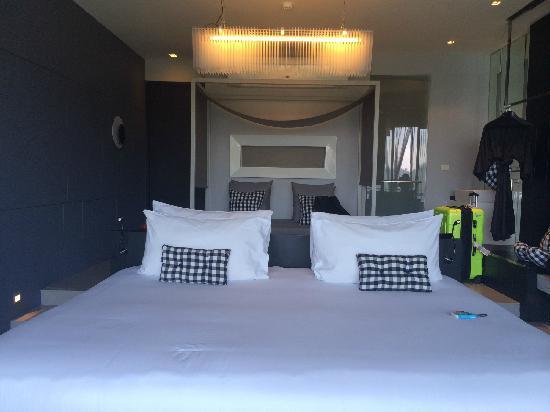 Foto Hotel: 超大床