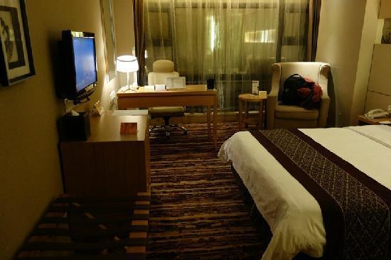 Zhuankou Yangtze Hotel: 5