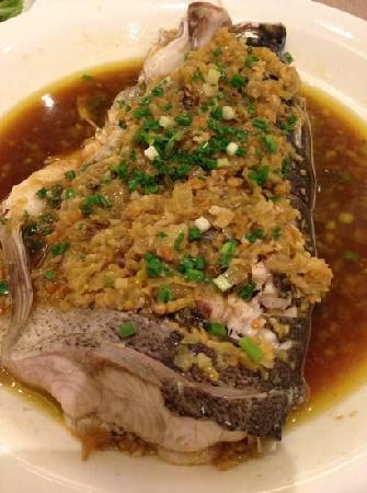LongTa XuanZhuan Restaurant