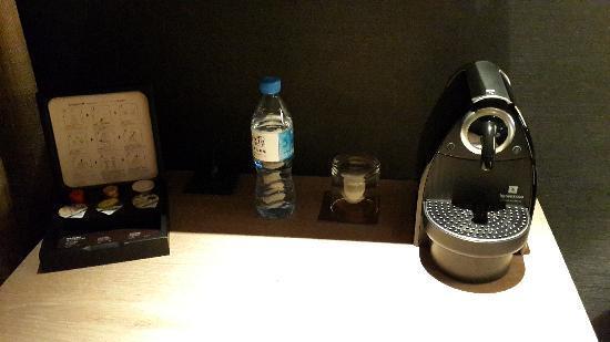 HOTEL QUOTE Taipei: 房间内有胶囊咖啡机免费使用