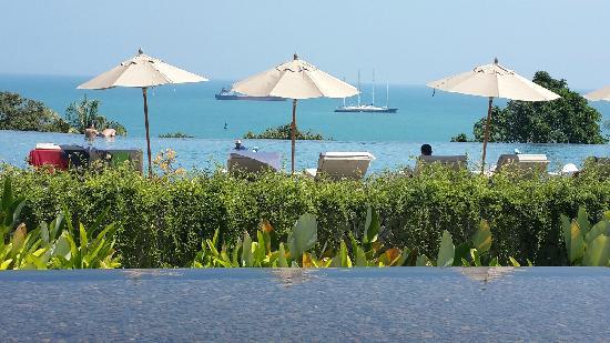 Amatara Wellness Resort: 无边泳池