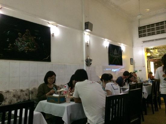 Curry Walla: 小黑板上面都是粉笔画