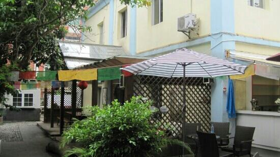 Gulangyu International Youth Hostel: 生意好,房间不容易预定到