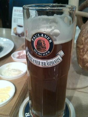 Paulaner Brauhaus: beer2