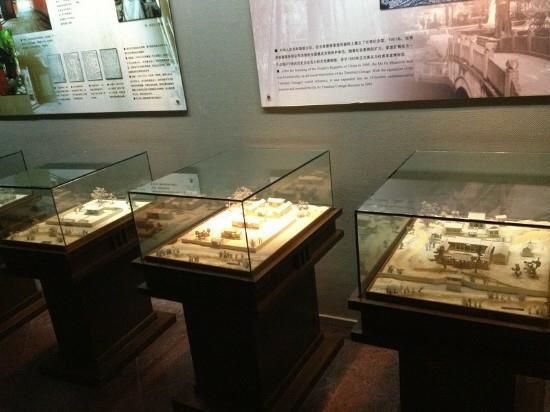 Sichuan University Museum (Sichuan Daxue Bowuguan) : 好多古董