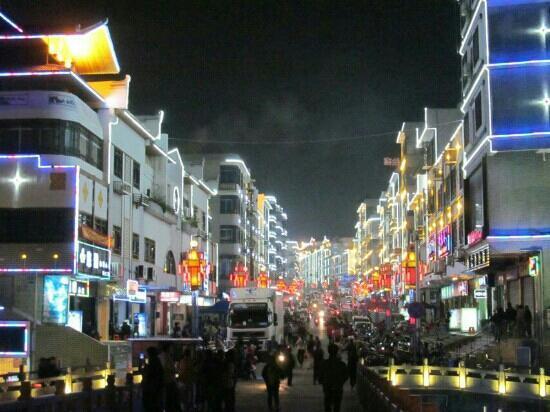 Fuchuan Ancient City of Ming Dynasty: 富川街景