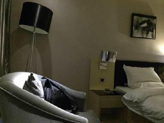 Bojing Hotel: 客卧