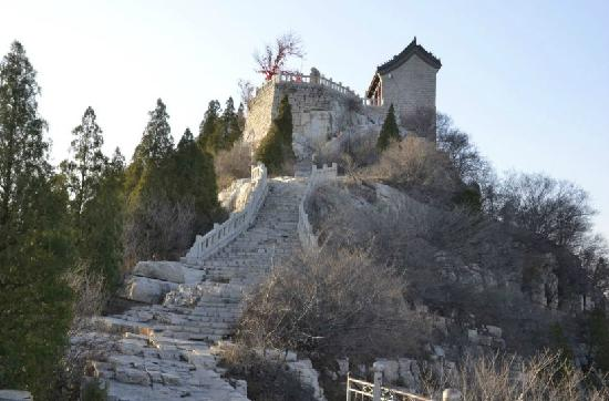 Qingzhou Yunmen Mountain : 小寺庙