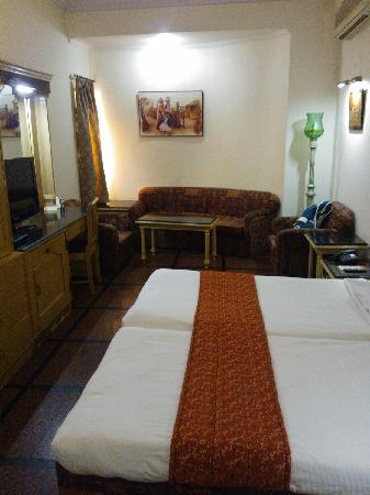 Hotel Amar: 客房